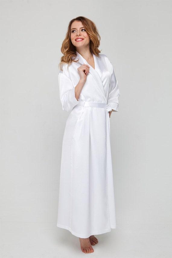 Langen weißen Bademantel weiß Satin Robe / Bräute Hochzeit