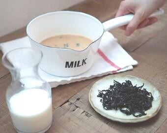 Formosa Assam Black Tea / Perfect for Making Milk Tea / Wolf Tea