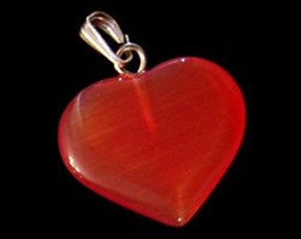 26mm Red Cats Eye Fiber Optic Heart Pendant With Silver Bail