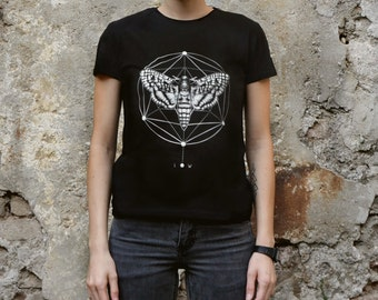 Moth geometric T-shirt Screenprinted Women T-shirt