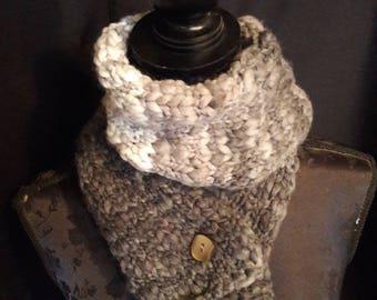 adjustable grey scarf