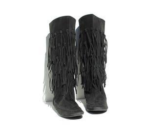 Vintage Black Swede Leather Moccasin Boots / size 10