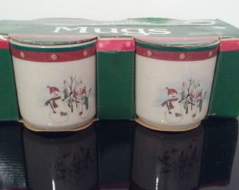 New Old Stock - 4 Snowman Stoneware Mugs in Box by Royal Seasons!
