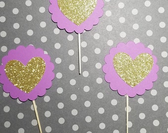 Scalloped Cirle with Heart Cupcake Topper