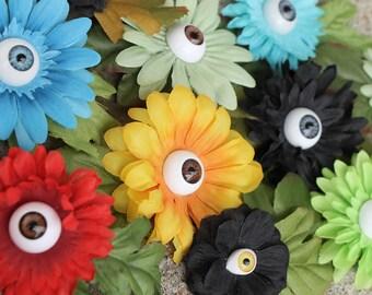 Eyeball flower clips- Small/med daisy style; For hair or clothing
