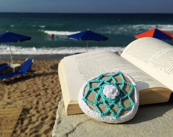 White and Blue Crochet Covered Stone, Lace Stone, Paperweight, Home decor, Beach wedding,