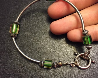 "7.75"", 925 Sterling silver bar and beads bracelet with artisan green glass"