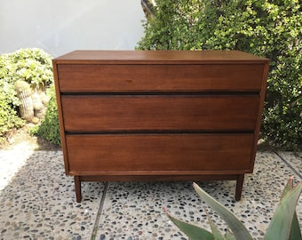 MID CENTURY MODERN 3 Drawer Dresser/Media Stand/Changing Table (Los Angeles)