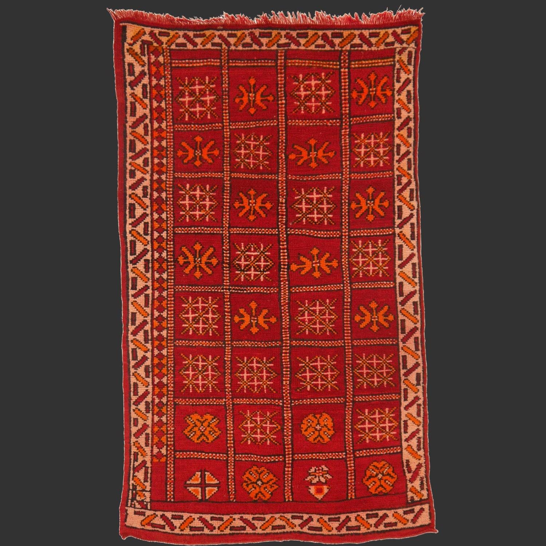 Zemmour Vintage Berber Rug Morocco 5.4 X 3.3 Ft / 165 X 100 Cm