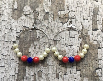 July fourth dangle earrings, Fourth of July earrings, patriotic earrings, beaded earrings, patriotic jewelry, beaded jewelry