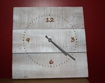Natural Wooden Pallet Clock