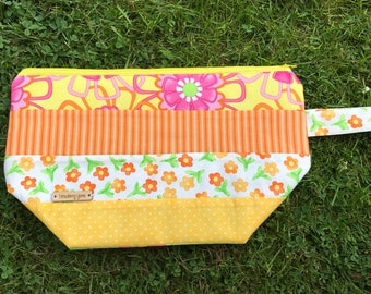 REDUCED - Yellow & orange project bag