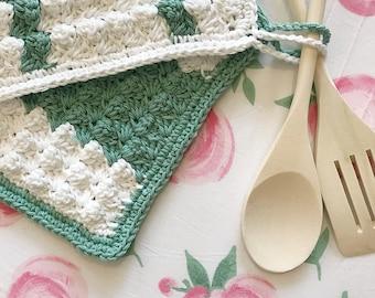 Potholder and spoon set, crochet potholders, gift set