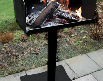 Fire-Grill for grilling BBQ grill with wood / firewood
