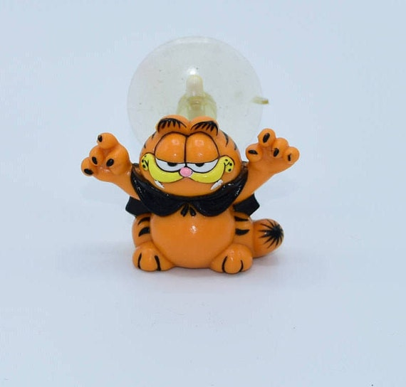 Halloween Vampire Garfield Suction Cup Vintage 1981 Garfield Car Stick On Figurine Spooky Window Cling Garfield Collectible Gift