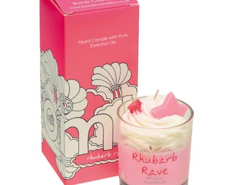 Scented Candle in the glass, Rhubarb rave piped candle, hand poured.