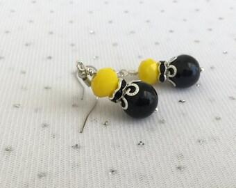 Yellow Bead Dangle Earrings, Yellow Bridesmaid Wedding Jewelry, Bridesmaid Gift, Yellow Weddings, Summer Jewelry, Glass Bead Drop Earrings