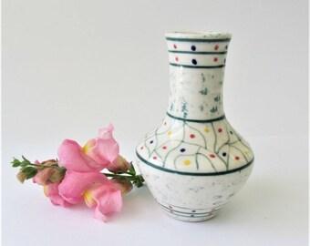 Mommy Pot, Ceramic Mini Vase, Bud Vase, Dandelion Vase, Desk Vase, Window Sill Vase, Children's Vase, Pottery Vase, Mother's Day Gift
