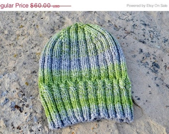 Helix Hat - Handspun Hand Knit Hat. Knitted Hat In Green and Grey. Seamless Knit Hat in Handspun Wool. Winter Accessories, Menswear, Unisex