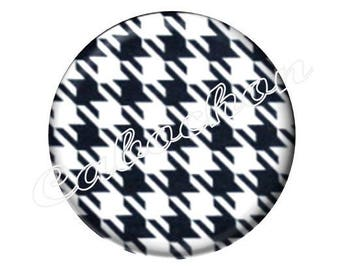 4 black and white houndstooth Plaid foot cabochons 16mm glass, just pretty