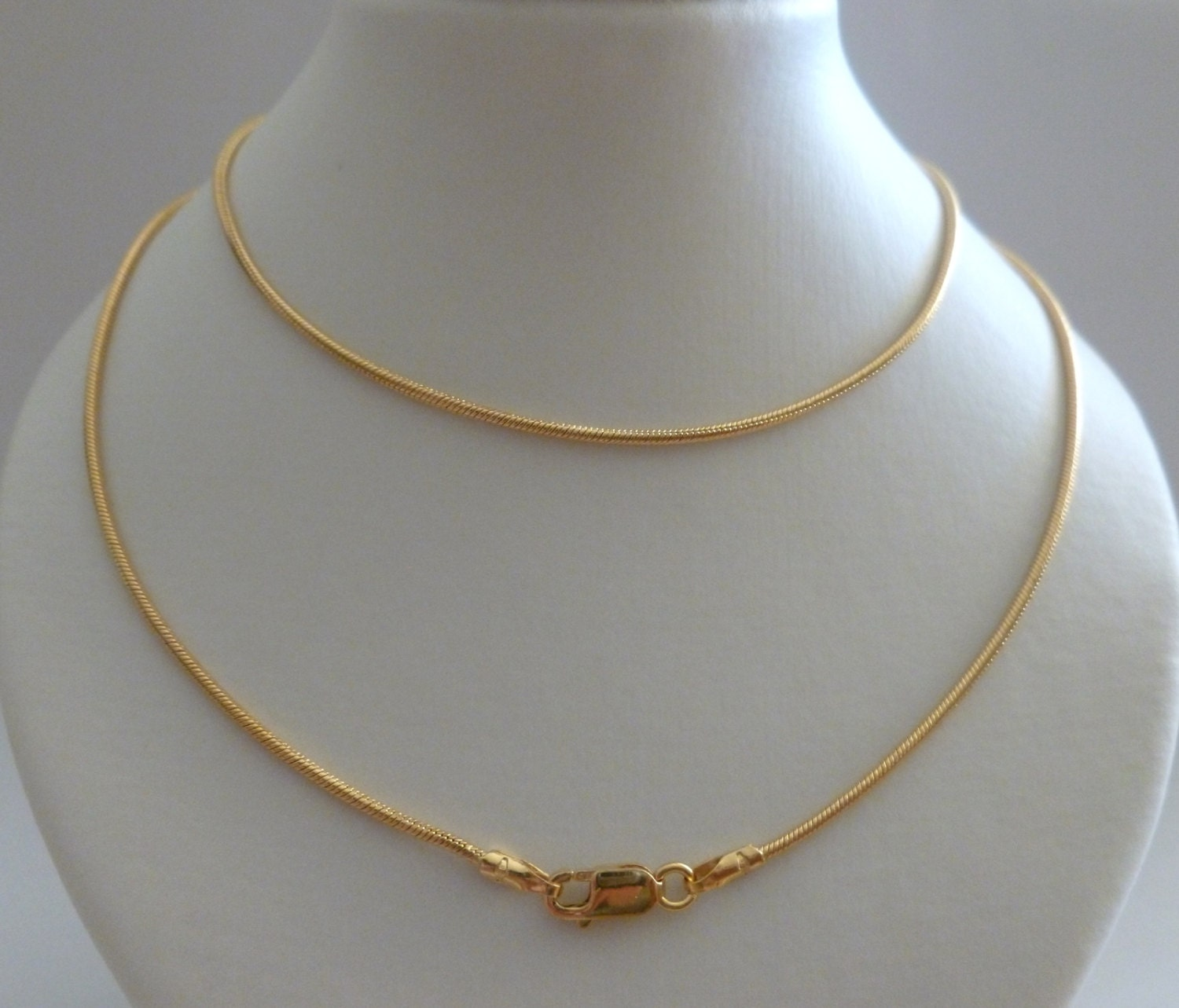 9ct solid yellow gold snake fine chain necklace 50cms 20 zoom aloadofball Gallery