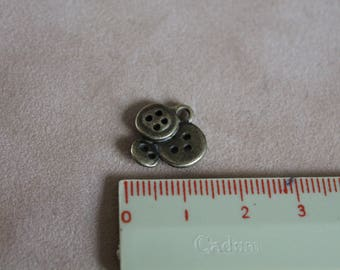Metal charm bronze trio of buttons 18mm (x 2)