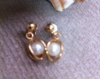 Goldplate Heart and Pearl Earrings