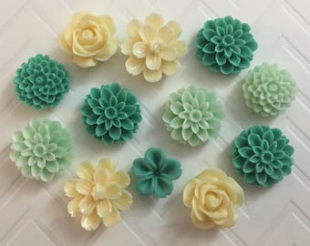Flower Magnets Set of 12 - (#LE12) dorm decor, hostess gift, weddings, bridal shower, baby shower, gift, teacher gift