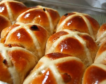 Traditional Hot Cross Buns ~ 1/2 Dozen