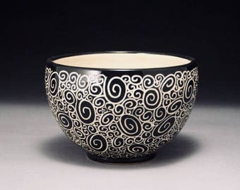 Handmade Porcelain Doodle Bowl (with sgraffito carved surface)