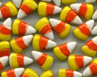 Candy Corn Buttons - Vintage Candy Buttons - Novelty Buttons - Halloween Buttons - B 101 - 6 Shank Buttons