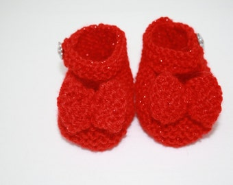 Wizard of Oz inspired // Red Slippers for Baby Girl // Size 0 - 3 Months // Cute Baby Gifts // Baby Girl Clothing // Baby Shower Gifts