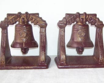 Vintage Heavy Dark Brown Small Cast Iron Book Ends, Bronze  Over Wash. Finish, Dated 1776-1976, Bicentennial, Library Home Decor, Library