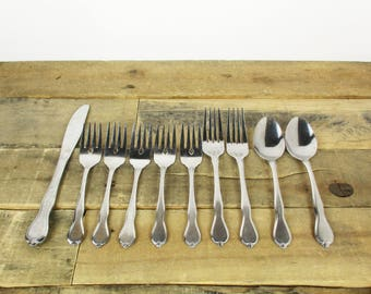 Set of 10 Vintage Minimalist Flatware by Cambridge - Perfect for a Mismatched Flatware Set or Use at a Vintage Wedding or Tea Party.