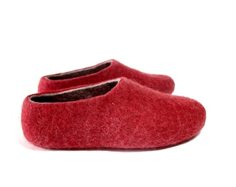 House Wool shoes Valentines Day Gift for Women Mens wool slippers Red Felt wool slippers Boiled wool shoes Personalised Mix Match Color Sole
