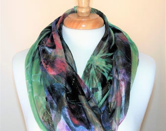 "Stylish Scarf: ""Colorful Waves"""