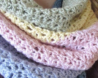 Crochet cowl pattern - crochet cowl - crochet scarf - crochet neckwarmer - easy crochet cowl -