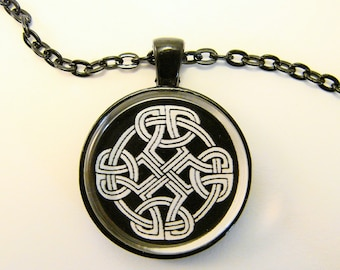 Men's CELTIC SHIELD KNOT Necklace --  Celtic knotwork, Endless knot,  tribal pendant, Celtic 5th Element, Gift for him