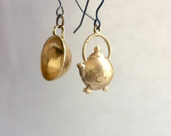 End Hunger Cause earrings- Sales of the Tea Pot Tea Cup earrings proceeds donated to Alameda County Community Food Bank