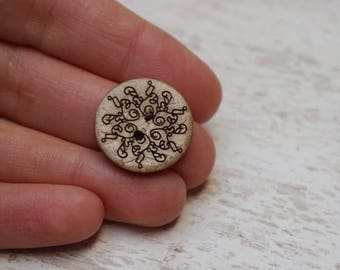 """Set of 18 wooden buttons round geometric """"2trous"""" (H26) pattern"""