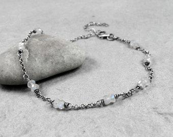 Moonstone Chain Bracelet, June Birthstone Gift, Dainty Sterling Silver Bracelet, Minimalist Gemstone Bracelet, Gift for Her, Good Fortune