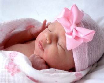 newborn hospital hat, baby girl, newborn girl