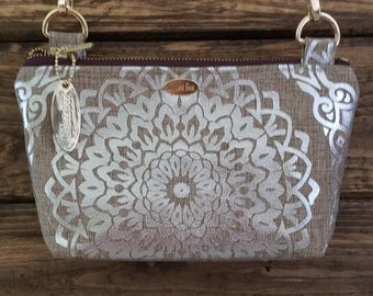 Crossbody Purses with brown adjustable strap
