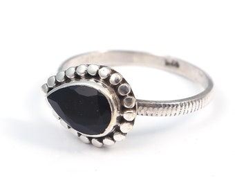 Black onyx 92.5 sterling silver ring size 7 us