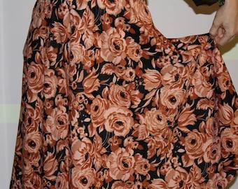 Beautiful Vintage Skirt with Big Choco Milk Brown Roses