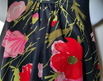 Beautiful boho high neck 70s maxi dress with poppy design