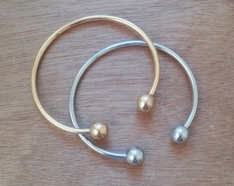 Calla Bangle Bracelets Set / Layered Bracelets / Silver Plated Bangle / Gold Plated Bangle / Handmade Bangle Stacked Bracelets