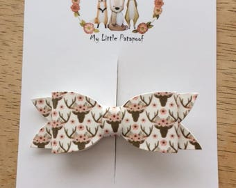 One hairclip - Faux leather Deers