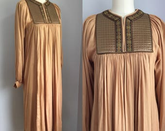Vintage 1970s India Rayon Poet Sleeve Dress Size Medium