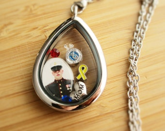 Military army navy marine air force mom locket necklace!Use your own photo!Perfect for army wife army girlfriend memorial day fathers day